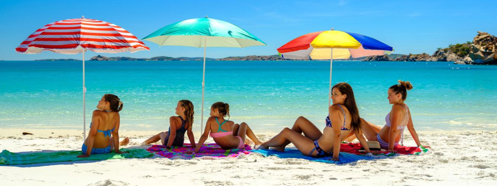 BUCCANEER archipelago girls on beach