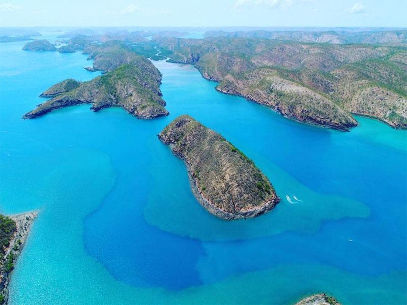Buccaneer Archipelago from the air Go Horizontal tour