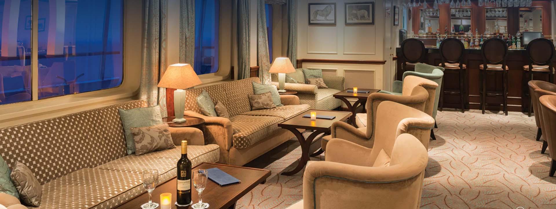 CALEDONIAN SKY bar and lounge