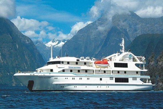 CORAL-DISCOVERER-Kimberley-vessel