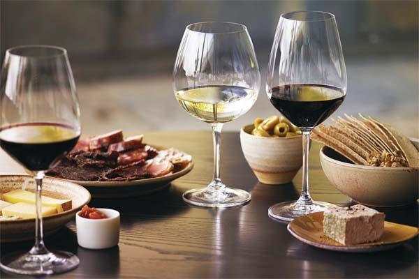 GHAN Adelaide wines rail journeys