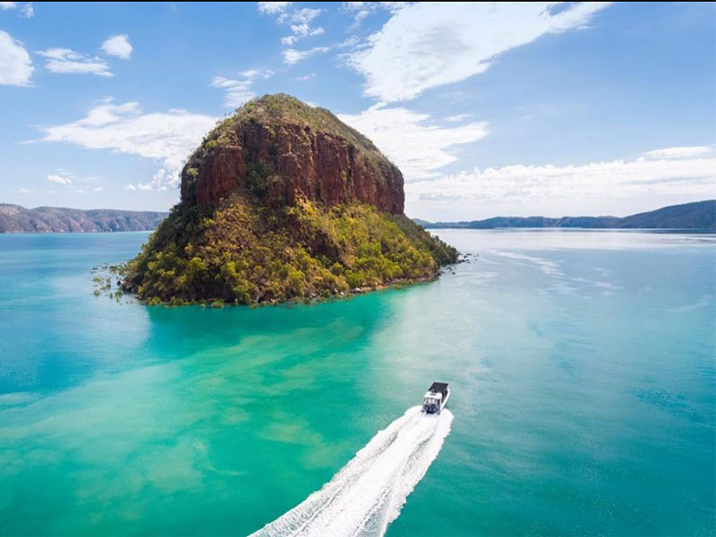 GO HORIZONTAL FALLS slug island Talbot Bay
