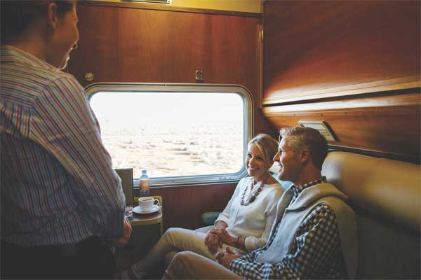 GOLD-SERVICE-CABINS-THE-GHAN
