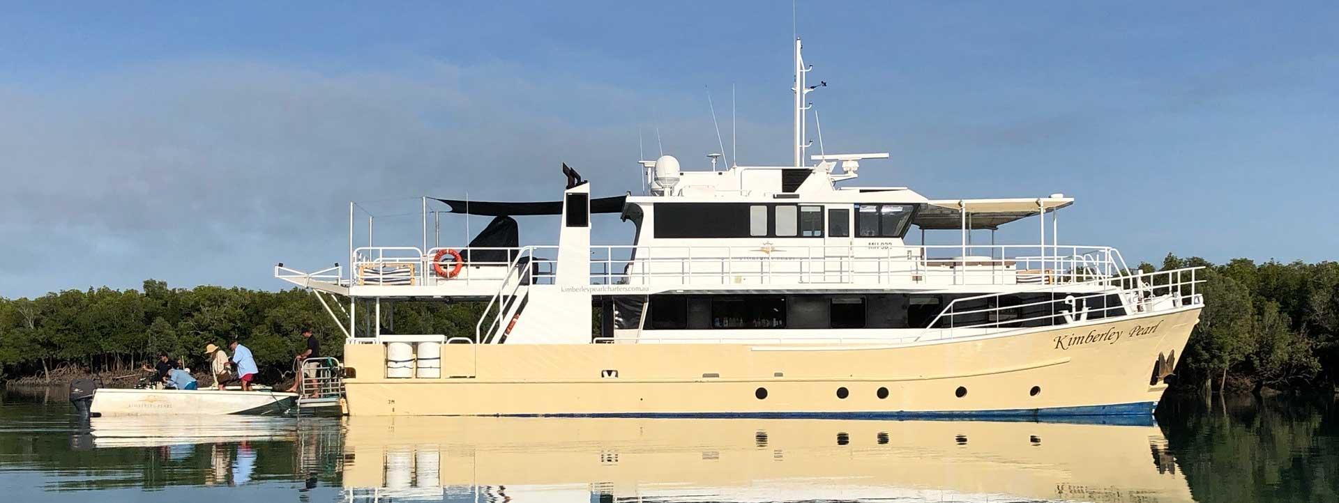KIMBERLEY-PEARL-side-profile-Kimberley-cruises