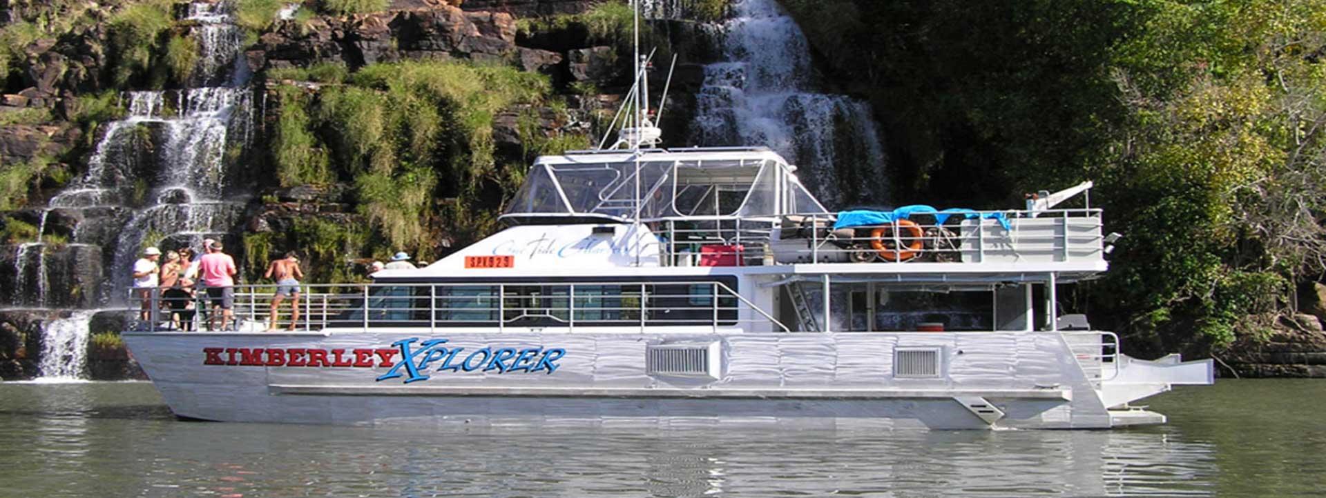 KIMBERLEY-XPLORER-Kimberley-cruises-at-Kings-Cascades