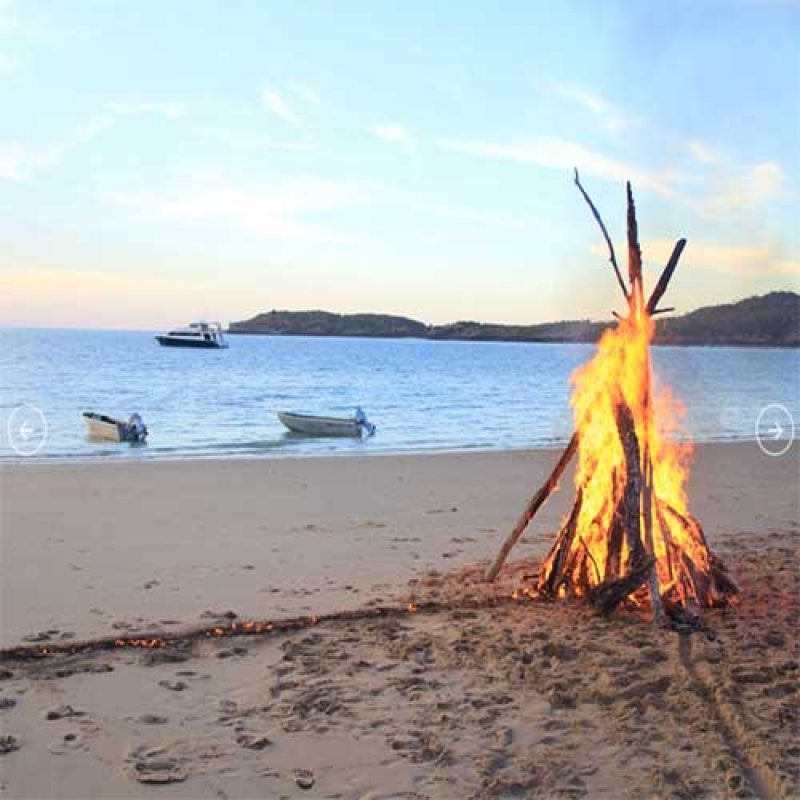 LADY-M-itineraries-beach-fire