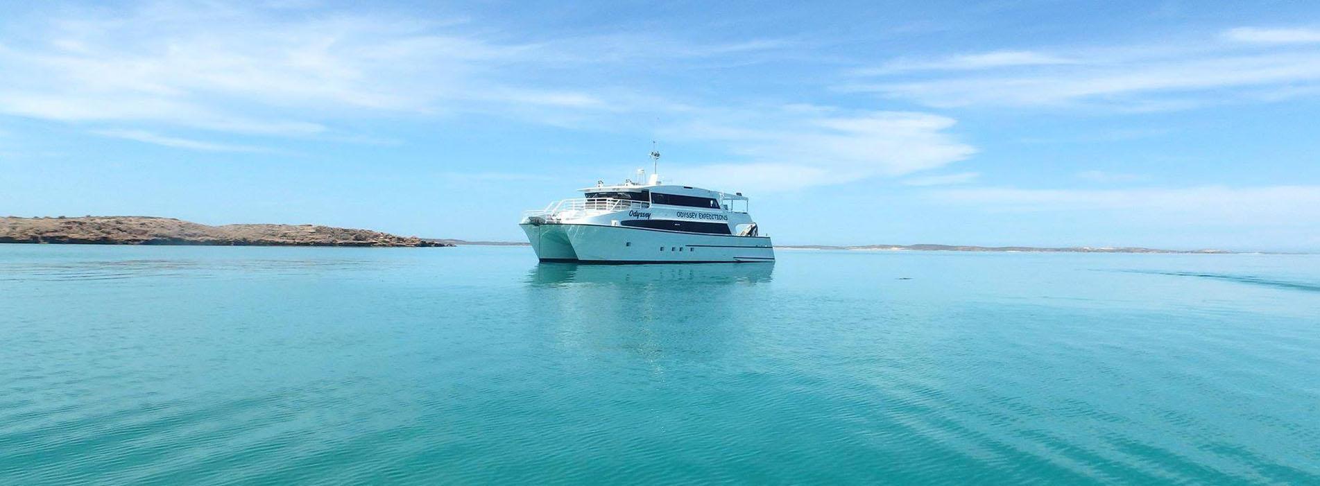 ODYSSEY-side-profile-Kimberley-turquoise-water