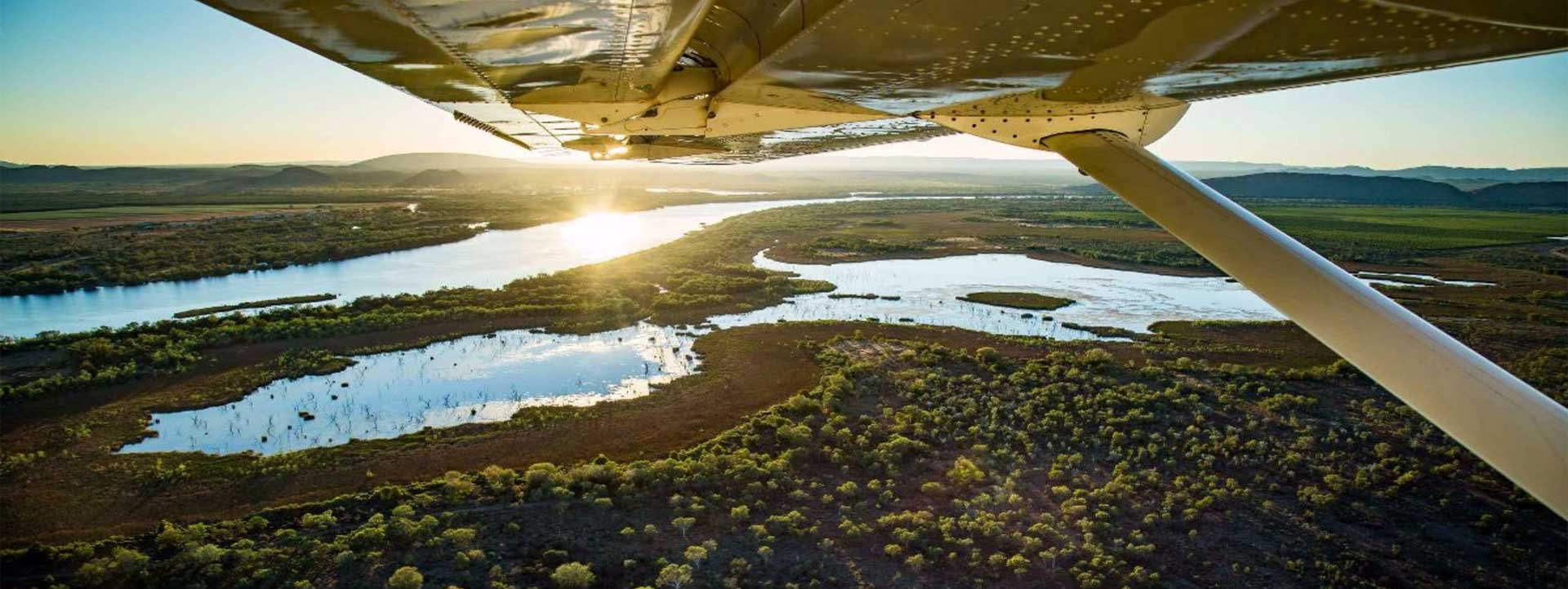 AVAIR-BUNGLE-BUNGLES-evening-water-over-wing-view