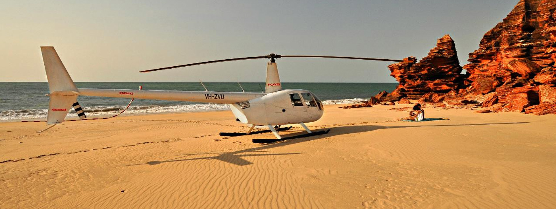 ROMANTIC HELICOPTER PICNIC on the beach Broome