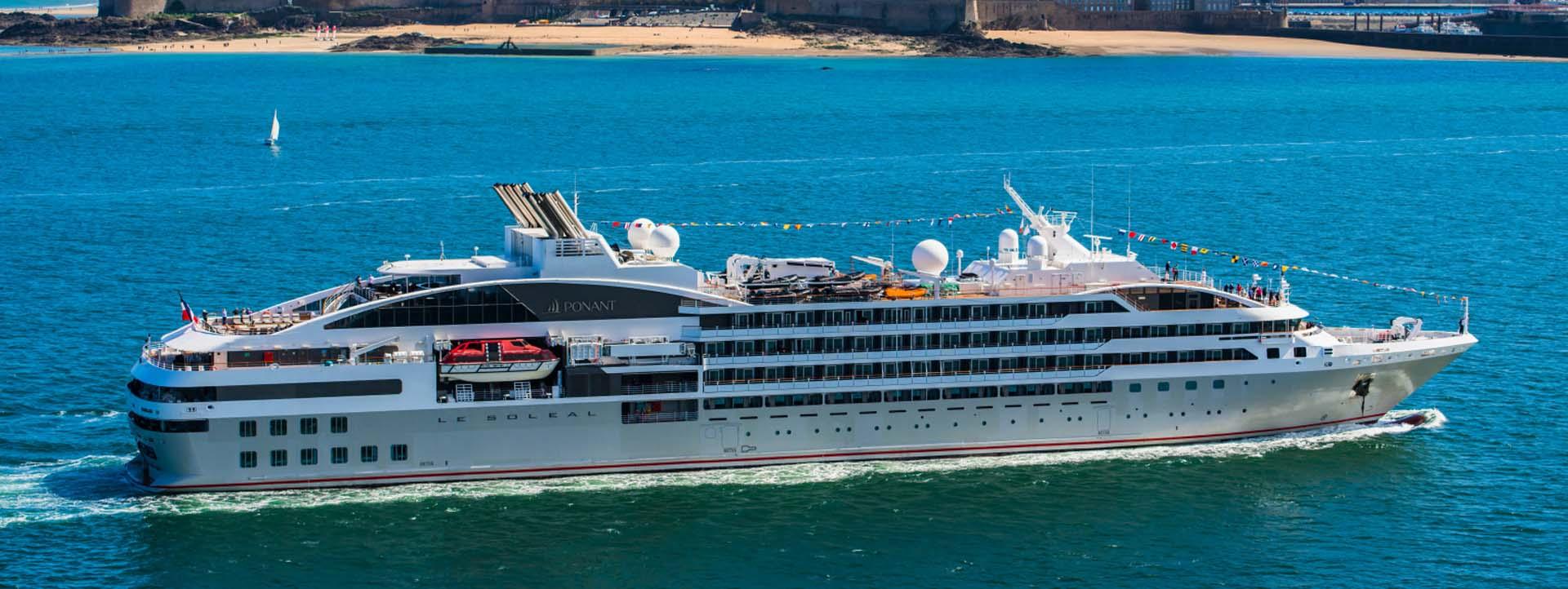 LE SOLEAL blue water Kimberley coast cruises
