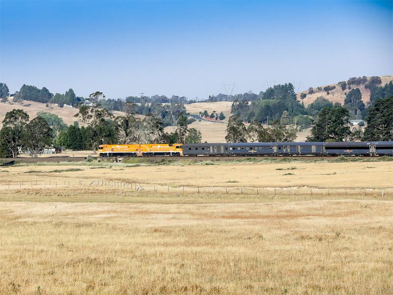 GREAT SOUTHERN RAIL JOURNEYS field train
