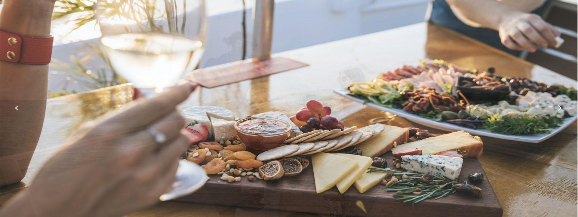 DARWIN HARBOUR Sunset cruise food board