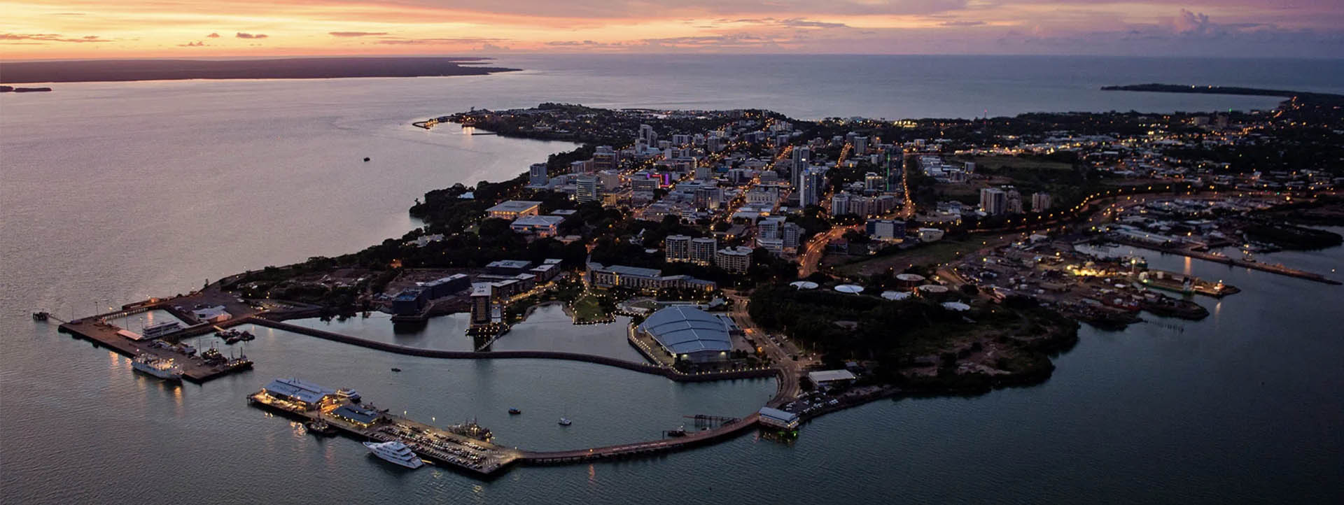 DARWIN TOURS city lights